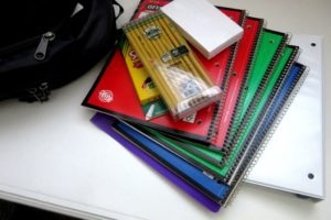 school-supplies-1582082_1920
